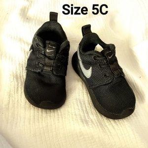 Nike Shoes - Nike kids Shoes